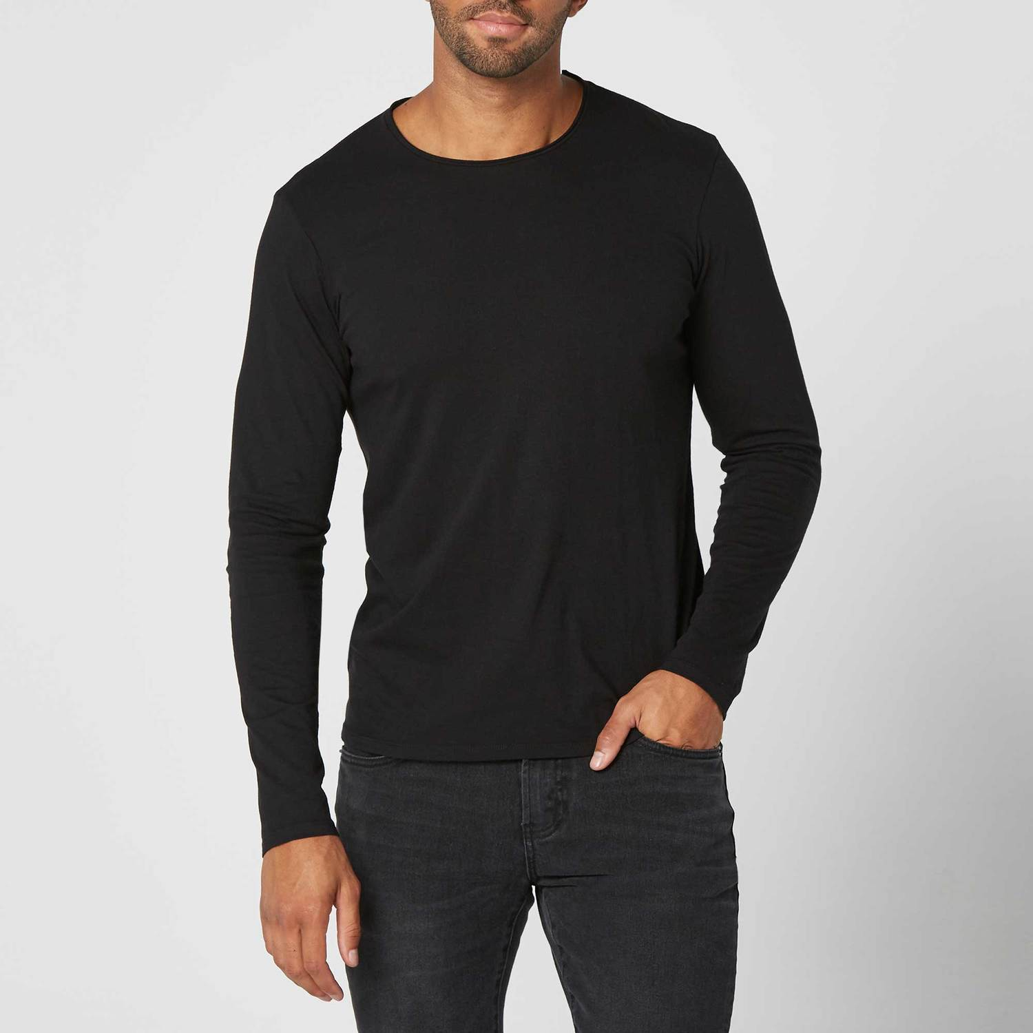 Mens Long Sleeve Modern Crew Neck Tee In Black  30  a05388403a0