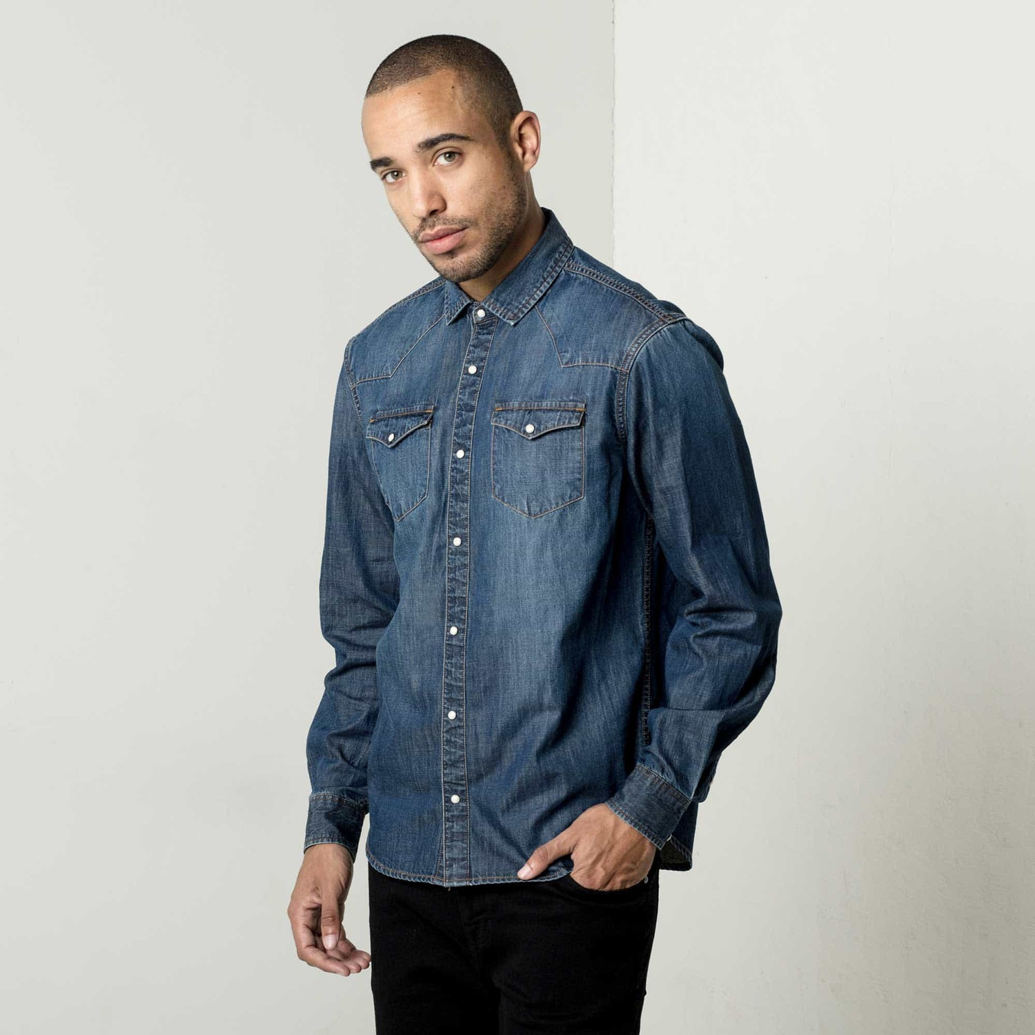 Mens snap button down denim shirt in dark vintage 75 dstld for Mens shirts with snaps instead of buttons