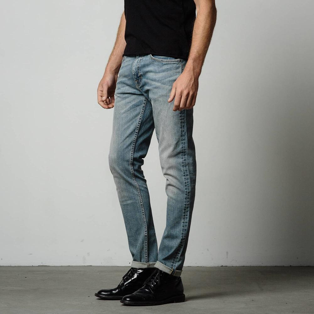 Mens Skinny Slim Jeans In Light Wash | DSTLD