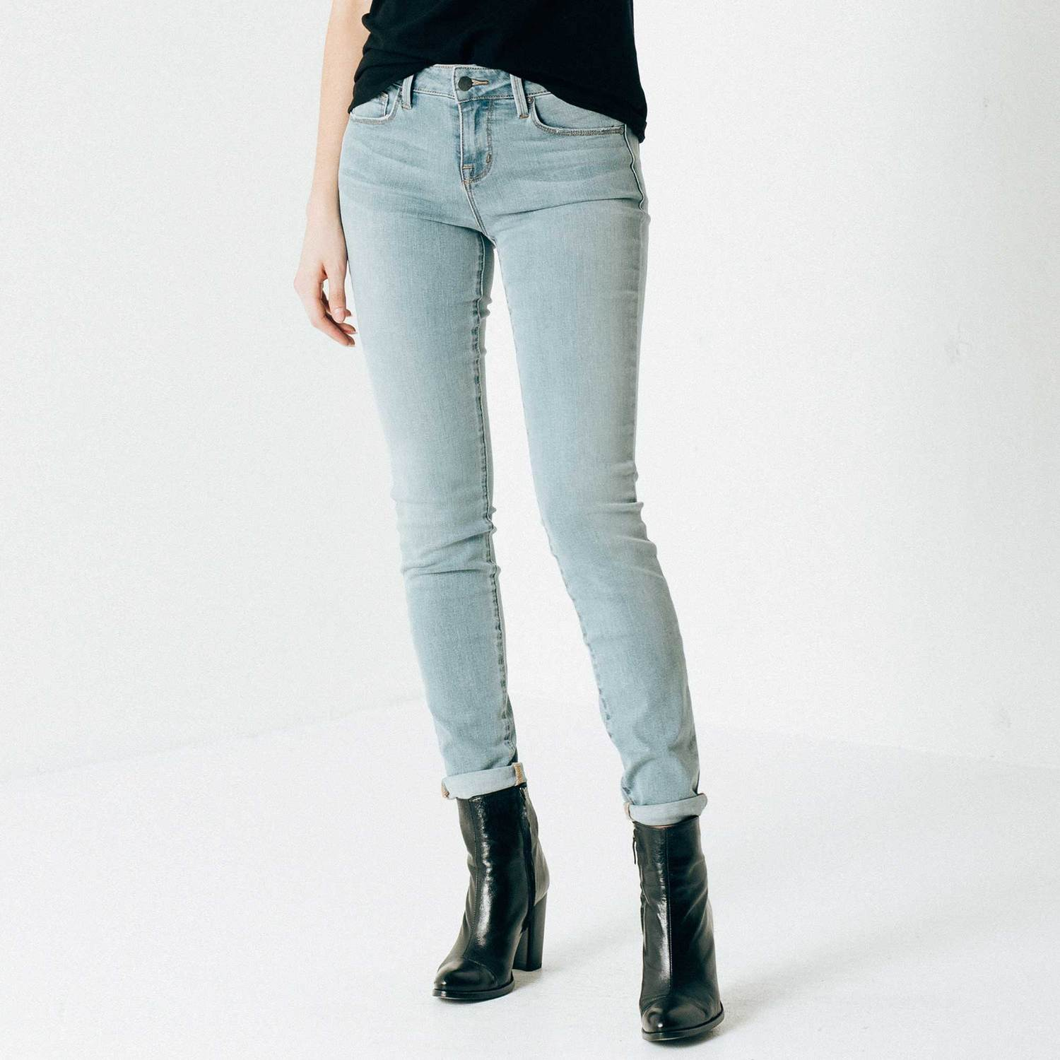 Womens Mid Rise Skinny Jeans In Light Vintage $95 | DSTLD
