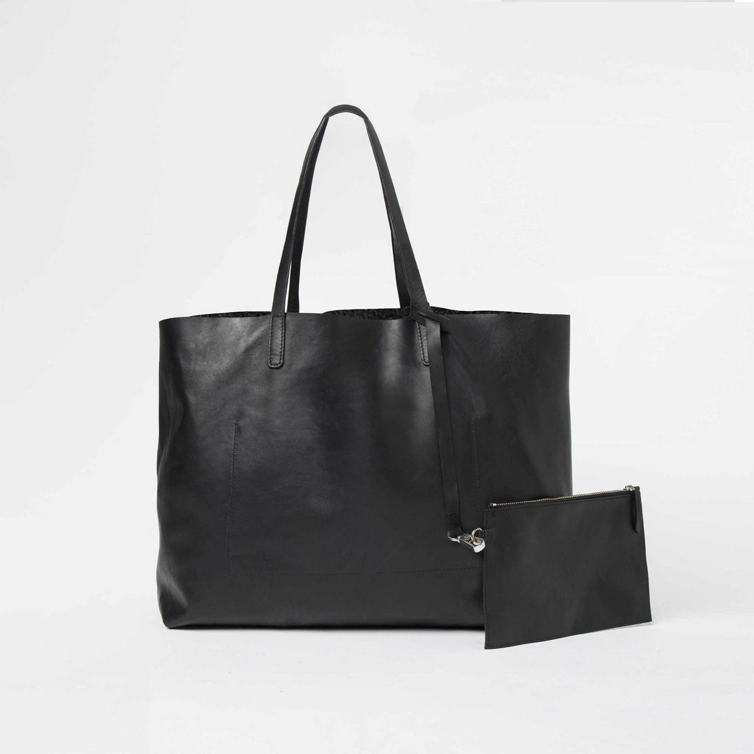 Womens Leather Tote Bag In Black by Dstld