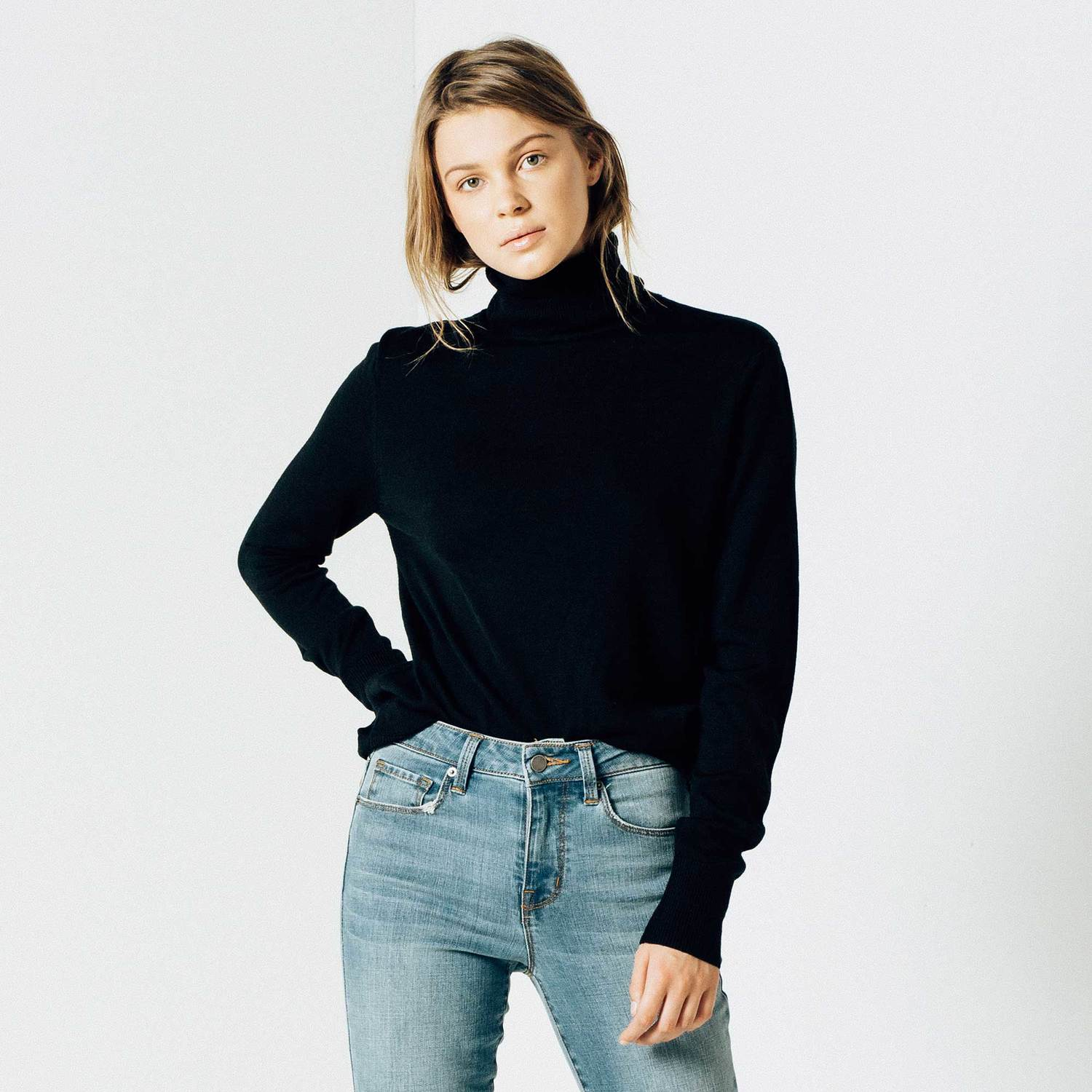 Womens Wool Turtleneck Sweater in Black